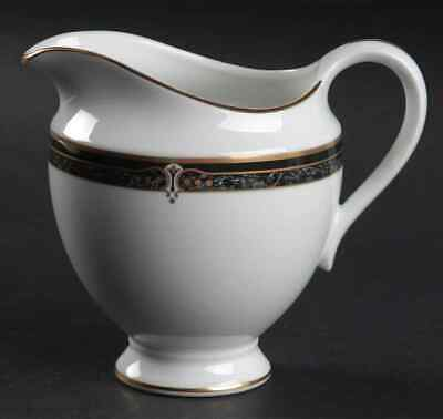Wedgwood WHITFIELD Creamer 797402