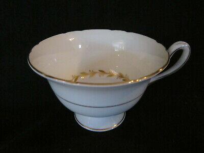 Shelley - BRIDAL WREATH - Teacup Only