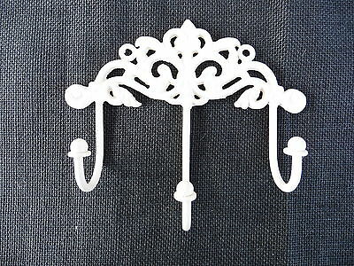 Creamy White Cast Iron Swirl Floral Ornate Victorian 3 Prong Wall Hook Decor