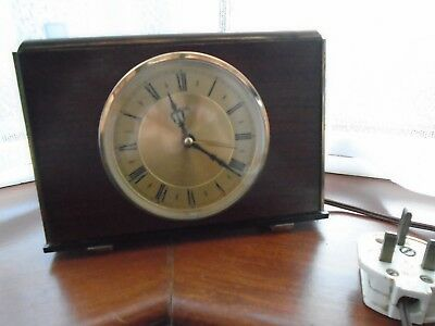 Vintage Metamec Mantel Clock Electric