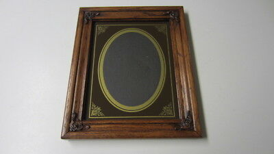 Rectangle Wood Picture Frame with Ornate Wood Corners, Oval Photo Display