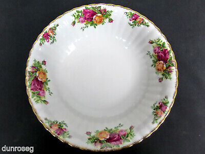 """OLD COUNTRY ROSES LARGE, 24cm, 9.5"""" ROUND BOWL, 1993-2002, ENGLAND, ROYAL ALBERT"""