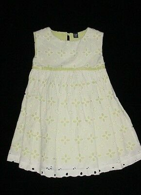 EUC Baby GAP Girls PRETTY LITTLE THINGS White & Green Eyelet Dress Size 3T