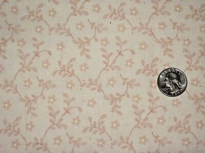 1/2 YD VINTAGE OFF WHITE w PINK FLORAL ANTIQUE QUILT DOLL # 3650 Made in USA