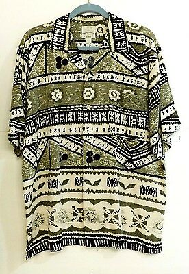 VGUC Tommy Bahama Mens Sz M Island Tribal Theme Green and Black 100% Silk Shirt