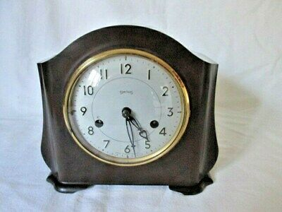 A Smiths Bakelite Chiming Mantel Clock