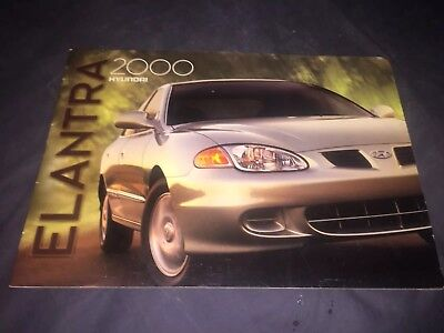 2000 Hyundai Elantra Color Brochure Catalog Prospekt