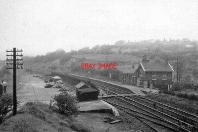 Photo  Beeston Railway Station Yorkshire Remains 1961 Gnr Doncaster - Leeds Main