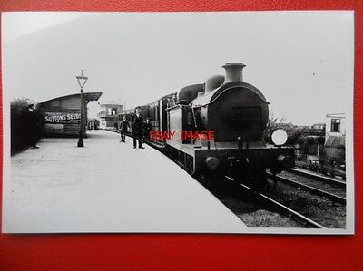 PHOTO  WHITSTABLE RAILWAY STATION - Tankerton and Canterbury Line