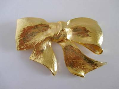 BOW - BUCKLE Vintage Christopher Ross 24k Gold Plated Beautiful Bow Belt Buckle