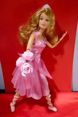 Barbie doll 12 Dancing Princesses  sister Fallon in pink dress & ballet shoes