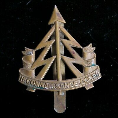 BRITISH ARMY military CAP BADGE - THE RECONNAISSANCE CORPS