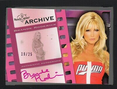 2009 Bench Warmer Archive Exclusive Autograph Brande Roderick 19/25 HT 19226