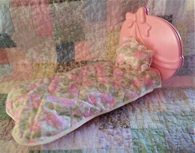 BARBIE Sweet Ribbons & Roses Bed & Bedding by Mattel 1979 Vintage Pink & Roses