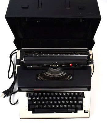Vintage Electronic Brother Cassete 3912 Retro Typewriter in Hard Case Very Rare