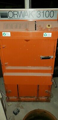 HESSTON 530 ROUND Baler ---bale size 4x4 CAN SHIP @ $1 85 loaded