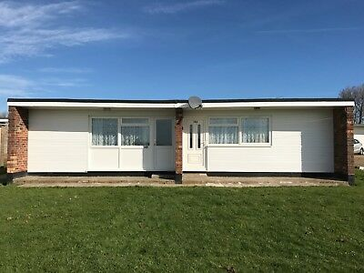 2 Bedroom Holiday Chalets To Rent Hemsby Nr Great Yarmouth 2019