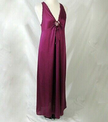 Vanity Fair S Vintage 1970s Long Maroon Nightgown Nylon Racer Back Keyhole Front