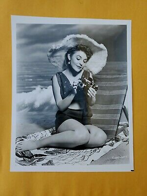 ANNE BANCROFT ACTRESS VINTAGE 8 X 10 PHOTOGRAPH FROM IRVING KLAWS ARCHIVES Lot C