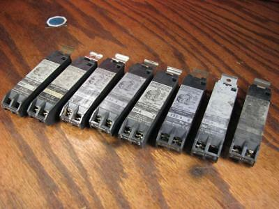Allen Bradley - (8) Auxialliary Contact Lot Taille 0-4 600v Max aux - 595-a
