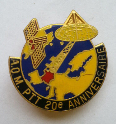 Pin's pin A.O.M PTT 20 eme ANNIVERSAIRE (ref CL32)