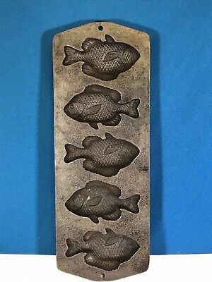 CAST IRON MUFFIN Pan -Lodge with Crappie Molds #5PP2