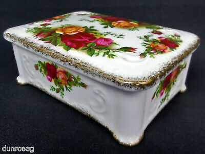 OLD COUNTRY ROSES OBLONG LIDDED BOX, 1st QLTY, GC. 1962-73. ENGLAND ROYAL ALBERT
