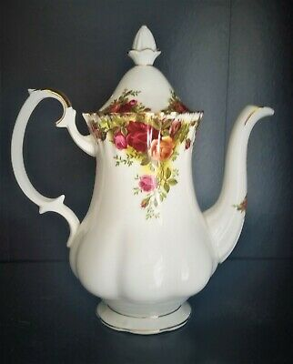 Royal Albert Old Country Roses Coffee Pot 23 cm 9 ins high 1st quality