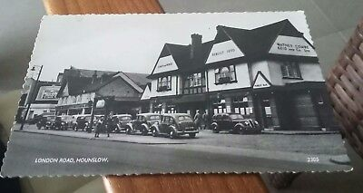 Great Condition Vintage Postcard Coach And Horses London Road Hounslow
