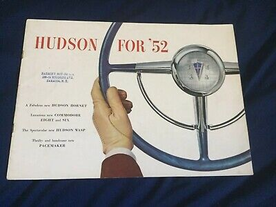 1952 Hudson Hornet Commodor 6 & 8 Wasp Pacemaker Color Brochure Catalog Prospekt
