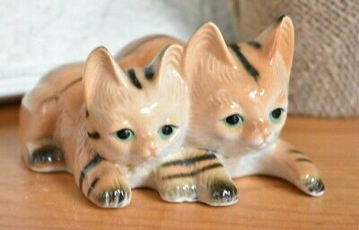 Vintage Ginger Cat And Kitten Ornament Laying Down Figure Figurine (refK57)