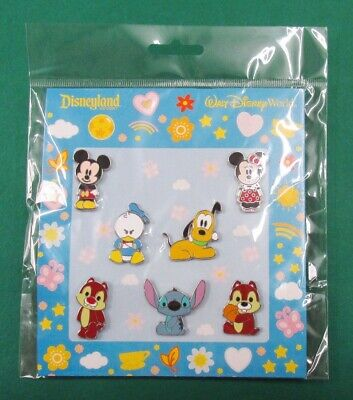 Disney Pin Mini-Pin Collection Booster Set - Cute Characters - Mickey & Friends