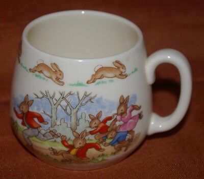 Royal Doulton Bunnykins Cup Family Skating Party Round Base Unused Albion Shape