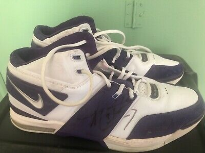cheap for discount ce18a 0df80 Autographed Game Worn Shoes of Phoenix Suns Shawn Marion NBA Nike