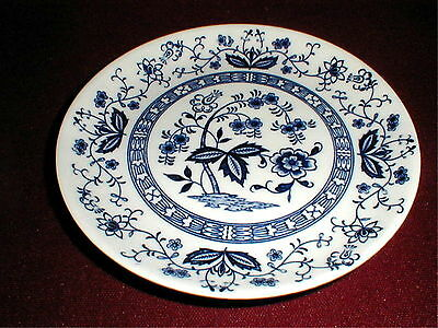 """3 Japan China BLUE ONION Inner Band 9"""" Luncheon Plates_Set of THREE  (12E)"""