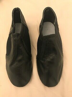 Brand new kids jazz shoes in plastic packaging black, leather labelled size 13