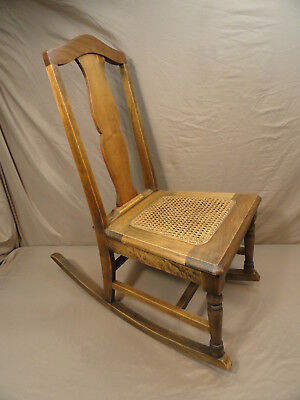 Antique Early 1900'S Hickory Chair Company Manufacturing Cane Bottom Rocking Vtg