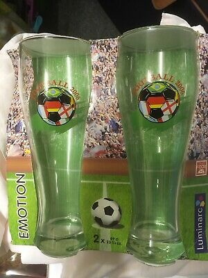 Football 2006 Collectible Pair Of Pint Glasses