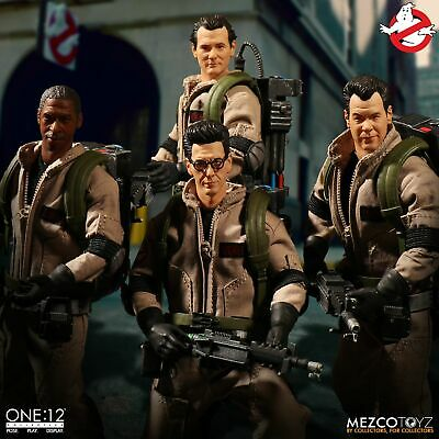 """Mezco One:12 Collective Ghostbusters Deluxe Box Set 1/12 Scale 6"""" Figure In Hand"""