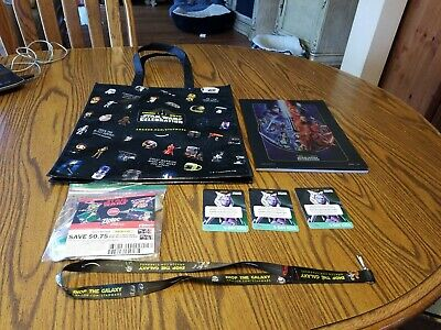 Star Wars Celebration Chicago 2019 Collectable Show Book And 3 Badges  & Tote Ba