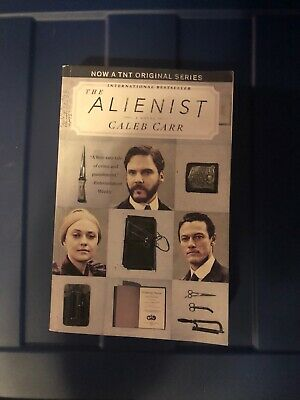THE ALIENIST (TNT Tie-in Edition): A Novel by Caleb Carr (Paperback