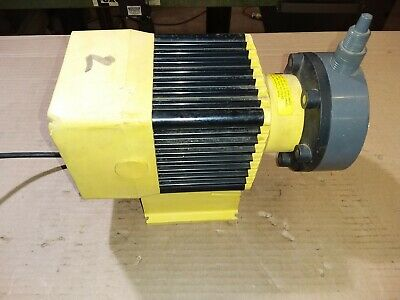 LMI Milton Roy Chemical pump,,31439 15.9 gph,,15 psi
