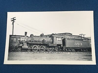 1943 ATCHISON TOPEKA /& SANTA FE Rear Brakeman RAILROAD PHOTO