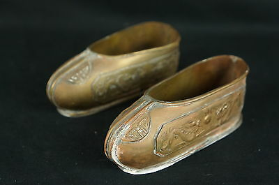 Nice antique chinese pair of brass shoes ca. 1920s, old repair [Y8-W6-A9]
