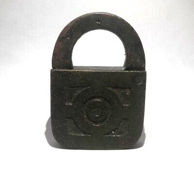 Lock Vintage Key Padlock Antique Keys Old Style ~ IRON USSR Bieutiful Shape 4Cm