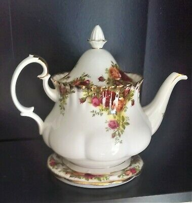Royal Albert Old Country Roses Large size teapot and under plate