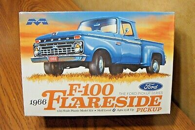 Moebius Models 1966 Ford F-100 Flareside Pickup Truck 1/25 Scale Model Kit