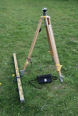 Watts Site Level Degrees with level stick and tripod Free Delivery