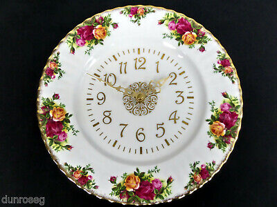 OLD COUNTRY ROSES WORKING WALL CLOCK, 1st QUALITY, VGC, 1962-73, ROYAL ALBERT
