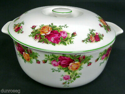 OLD COUNTRY ROSES 2.25 litre, 80 fl.oz CASSEROLE, 1st QUALITY, VGC, ROYAL ALBERT